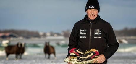 Dikke knie en zere rug, Henk Angenent voelt Elfstedentocht in zijn lijf: 'Finish was heel emotioneel'