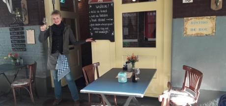 Arnhemse horeca gaat voor lunch onder terraswarmer: 'Met vijf gasten op het terras zijn we al blij'