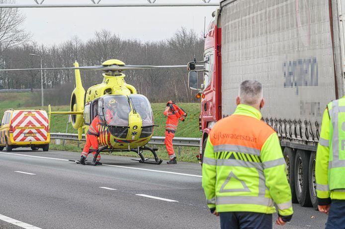 Twee vrachtwagens botsen op de A58 bij Ulvenhout.
