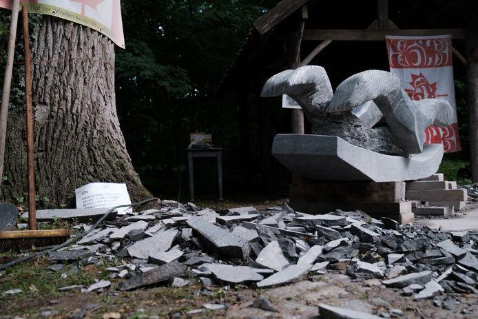 Zondag was de slotdag van het internationaal beeldhouwerssymposium
