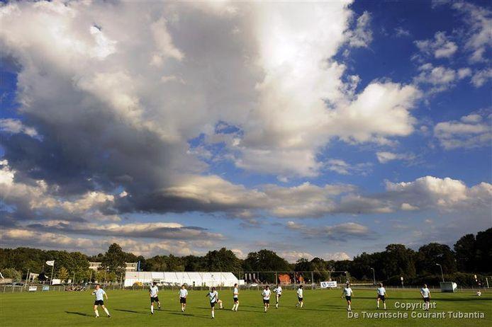 Wie traint komend seizoen waar in het amateurvoetbal?