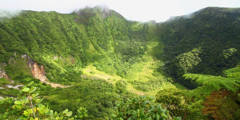 De Mount Liamuiga is een slapende vulkaan.