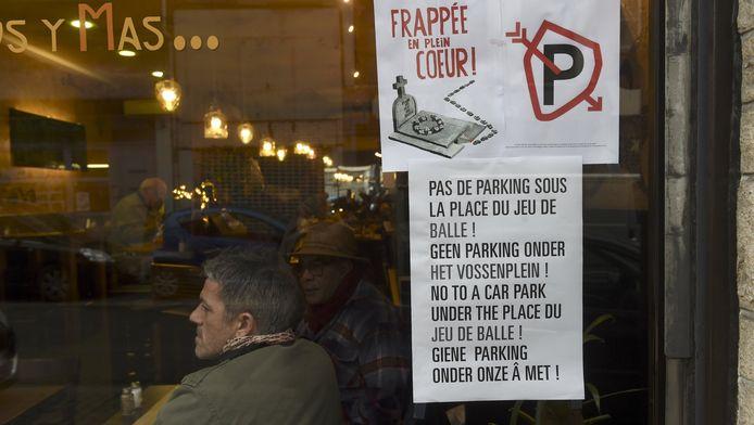 La population locale de ce quartier typique de Bruxelles s'est retrouvée en masse lors d'une séance d'informations animée.