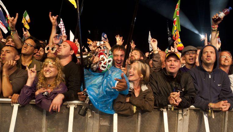 Het publiek aan de Pyramid Stage van Glastonbury voor Metallica vorig jaar. Beeld ANP