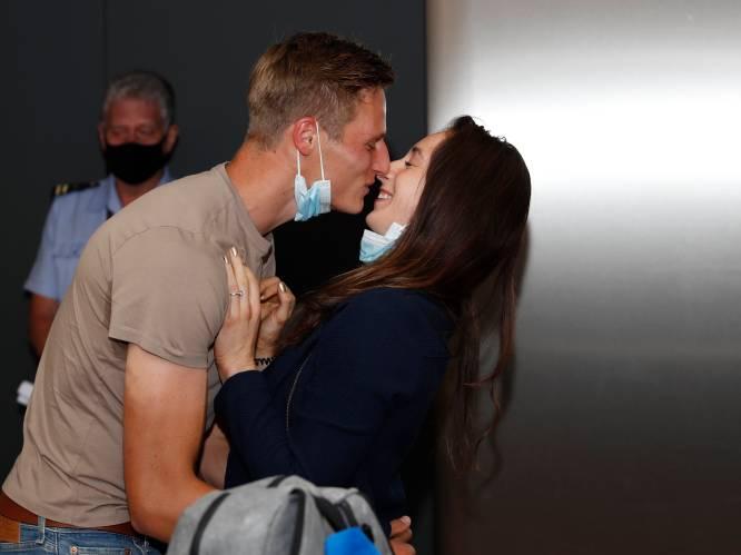 """Nina Derwael is na 17 uur reizen weer thuis: """"Leuk dat ik traantjes heb doen vloeien"""""""