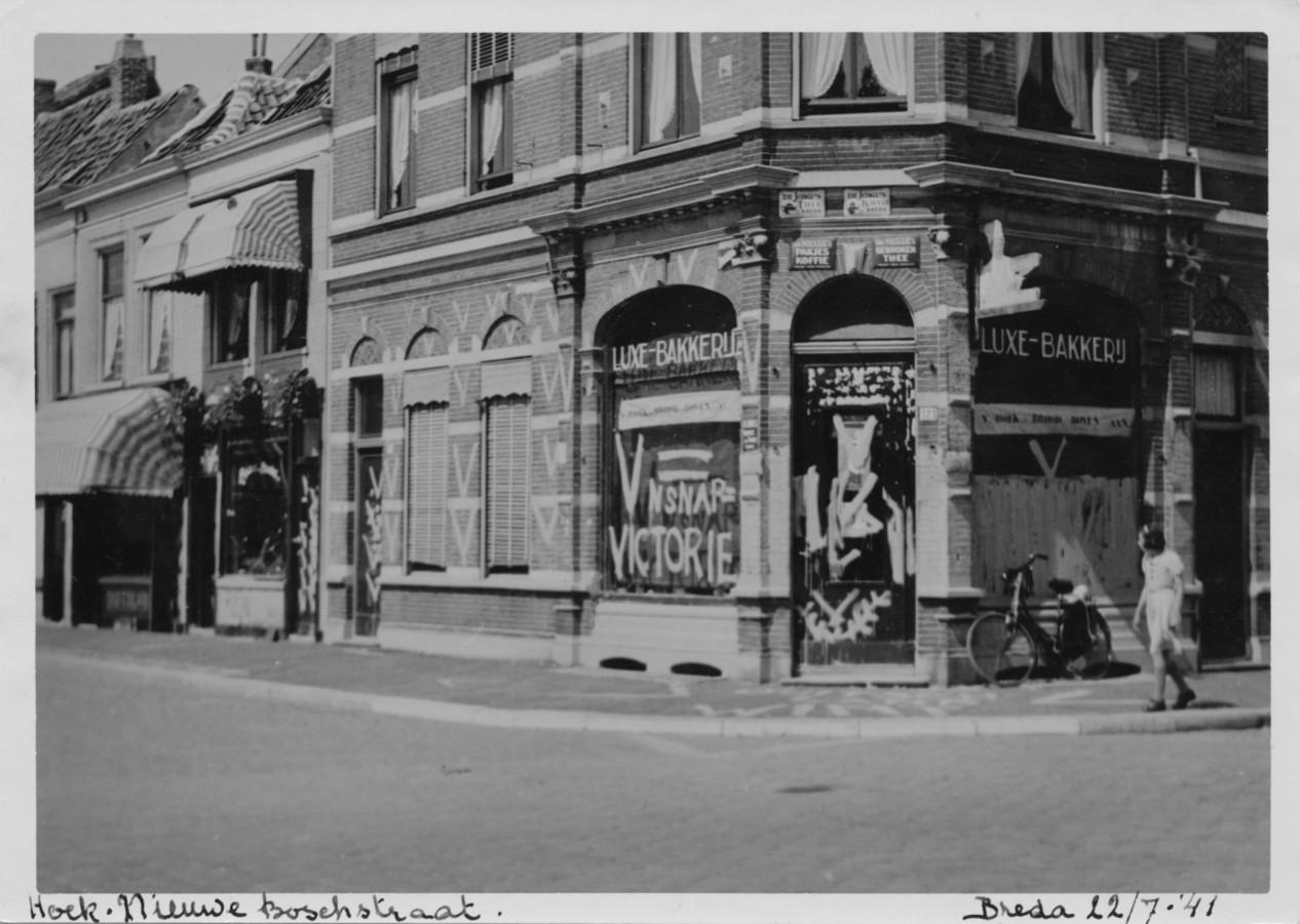 In Breda werden talloze (Joodse) winkels en panden beklad met de V (V=Victorie voor Duitsland). Het was een reactie op het Engelse Victorie. Zoals deze bakkerij in de Nieuwe Boschstraat