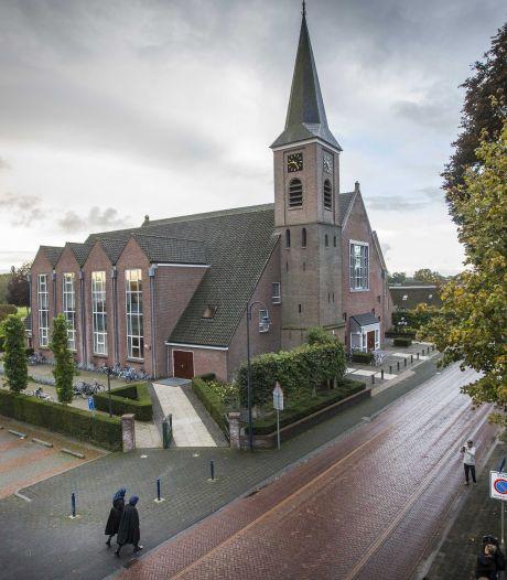 'Constructief gesprek' tussen ziekenhuis uit Zwolle en kerk uit Staphorst over vaccinaties