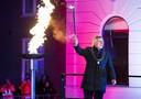 Burgemeester van Wageningen, Geert van Rumund ontsteekt het bevrijdingsvuur in 2019.