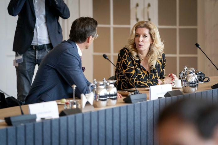 Liane den Haan (50Plus) tijdens een bijeenkomst met andere fractievoorzitters op de dag na de Tweede Kamerverkiezingen. De kersverse partijleider ligt onder vuur.