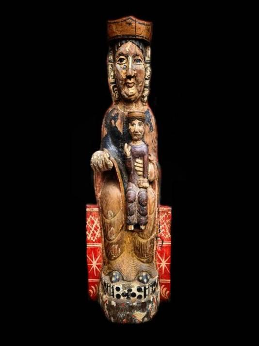 Het Middeleeuwse beeldje dat recent is gekocht bij de kringloop in Westervoort.
