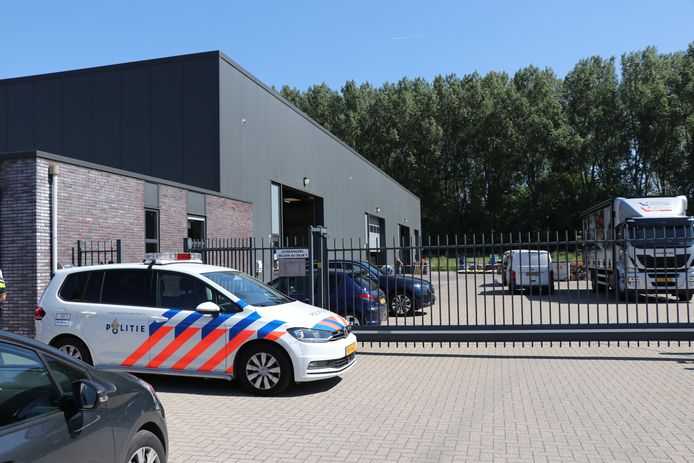 Dode bij bedrijfsongeval in Werkendam.