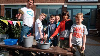 Kinderen leren water drinken dankzij waterfeest op Sint-Elisabethschool