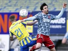 LIVE | Ajax op voorsprong bij RKC door acrobatische goal Haller, Grim en Ten Hag wisselen na uur spelen