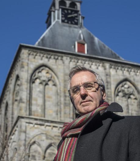 Het bestuur van de Plechelmus in Oldenzaal wacht een zware klus