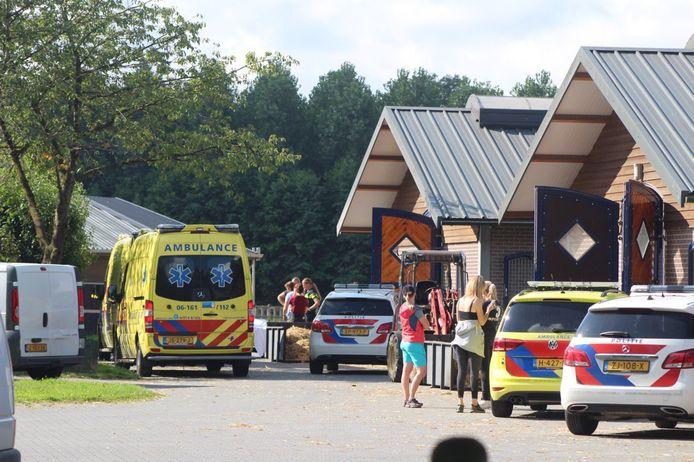 Meerdere hulpdiensten kwamen op het ongeluk af.