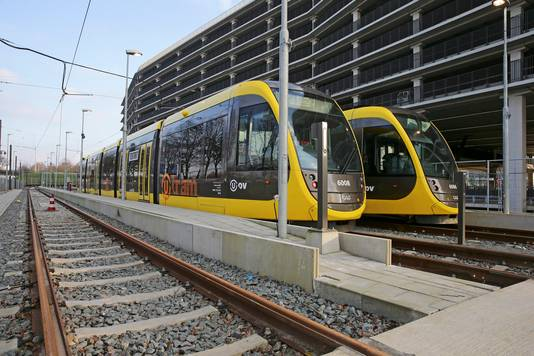 Trams op de eindhalte op de Uithof.