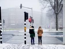 Koude start met kans op gladheid, later wat zon en komende nacht in zuiden (natte) sneeuw