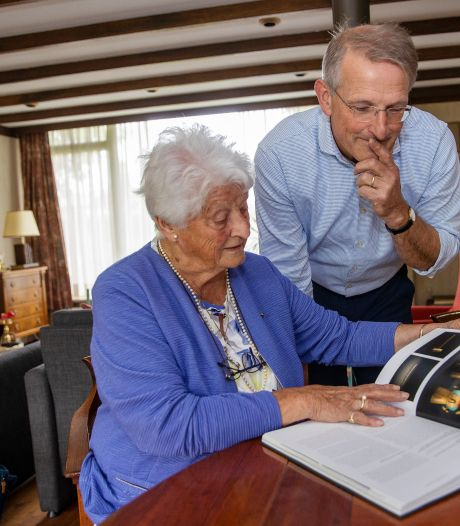 Joke en haar familie maakten boek over hun beroemde voorvaders, valkeniers Karel en Adriaan Mollen: 'Ze hielden het vlammetje van de valkerij brandend'