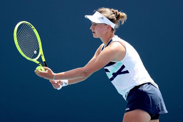 Barbora Krejcikova tijdens haar wedstrijd tegen Katerina Sinakova tijdens de Miami Open Beeld AFP