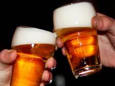 Horeca baalt van extra feestjes in wijk- en dorpshuizen en voetbalkantines in Hellendoorn: 'Dit is ordinaire broodroof'