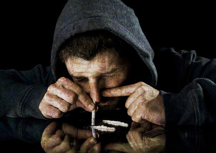Een Franse drugskoerier werd opgepakt toen hij net een paar minuten een flinke partij in zijn -gestolen- auto had.