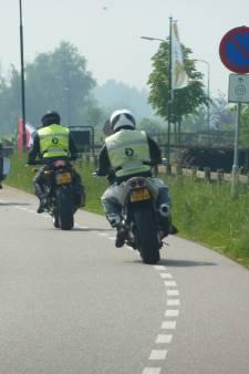 Werkgroep Motoroverlast: 'Motorrijders negeren massaal verbod Lekdijk'