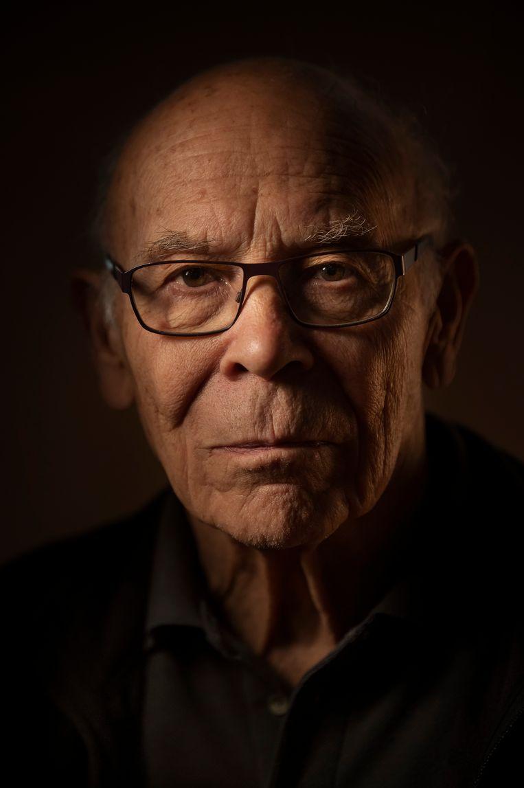 Emeritus hoogleraar biologie Lex van der Eb, geportretteerd door zijn zoon, de bekroonde persfotograaf Taco van der Eb. Beeld Taco van der Eb