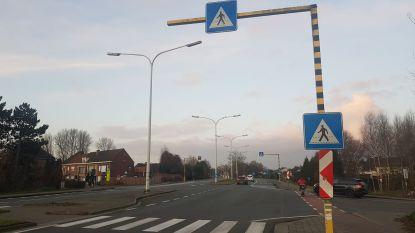 Zelzate pleit voor extra verlichting aan gevaarlijke oversteekplaatsen R4