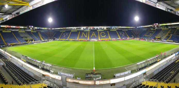 Een verlaten Rat Verlegh Stadion. Geen supporters van NAC.