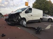 Weer is het raak op berucht kruispunt in Enschede
