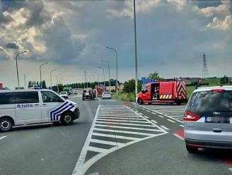 Auto's botsen aan gevaarlijke op- en afrit op Noorderring: geen gewonden
