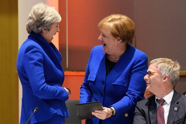 Theresa May en Angela Merkel