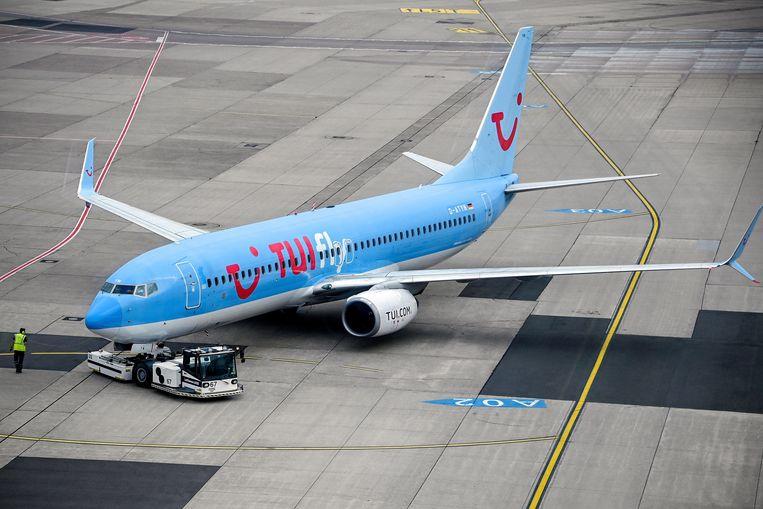 Een Boeing 737-800 van TUI fly. Beeld EPA