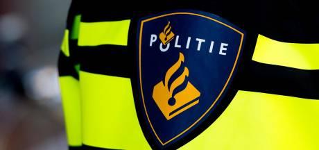 Tweetal op scooter pleegt straatroven rond centrum Arnhem