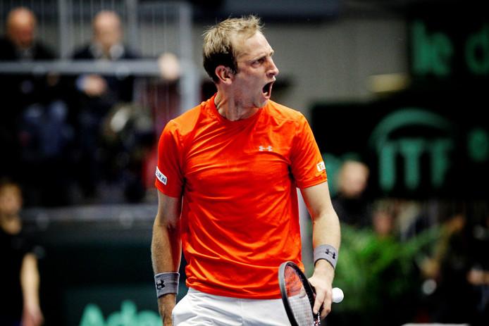Thiemo de Bakker schreeuwt het uit na zijn overwinning op Adrian Mannarino.