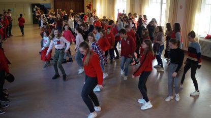150 scholieren Sancta Maria dansen erop los