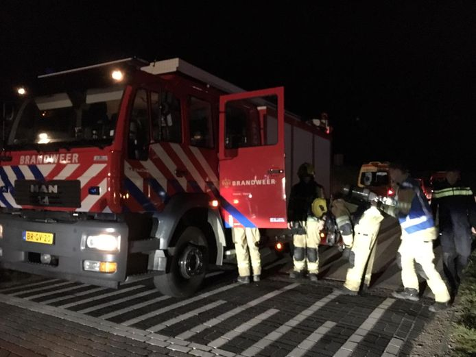 De brandweer schaalt af.