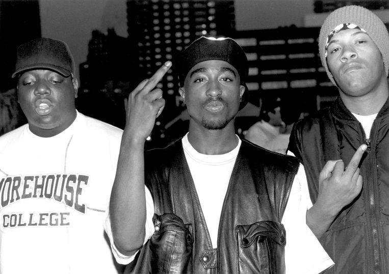 Van links naar rechts:  de rappers Notorious B.I.G.  Tupac Shakur en Redman in Club Amazon, juli 1993 in New York. Beeld Getty
