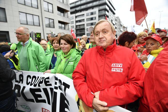Le secrétaire général de la FGTB Marc Goblet (d).