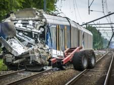 137 onbewaakte overgangen versneld aangepakt na treindrama Hooghalen, voorkant NS-treinen zichtbaarder geverfd