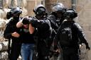 Tijdens de ongeregeldheden raakten al honderden mensen gewond en werden arrestaties verricht.