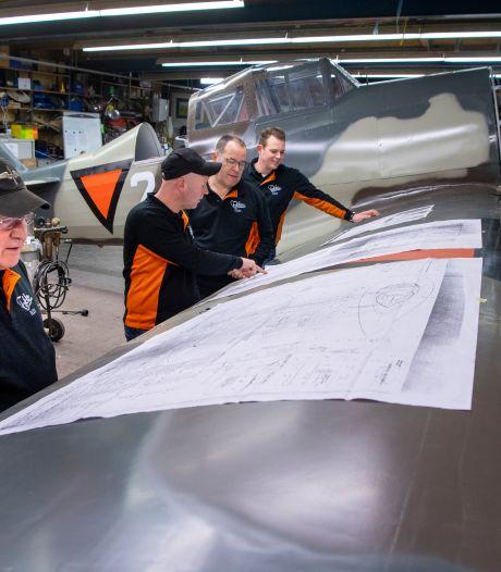 Onverschrokken luchtvaartpionier Jack van Egmond (75) uit Nijverdal: drie keer bijna neergestort, maar tóch weer de lucht in