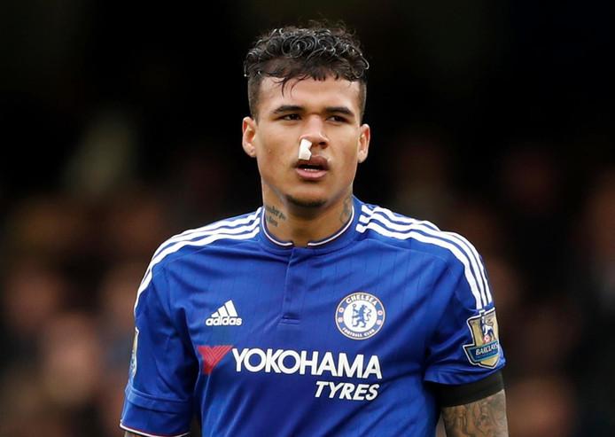 Kenedy in het shirt van Chelsea.