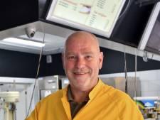 Oldenzaalse ijsmaker Hans van Olffen (58) plotseling overleden