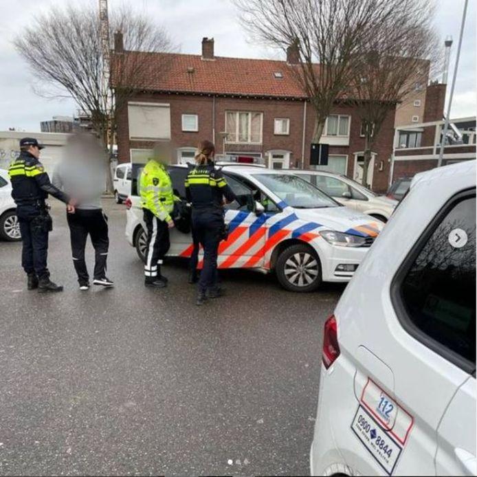 Drie verdachten aangehouden nadat er tientallen zakken hennep en hasj werden gevonden in Woensel.
