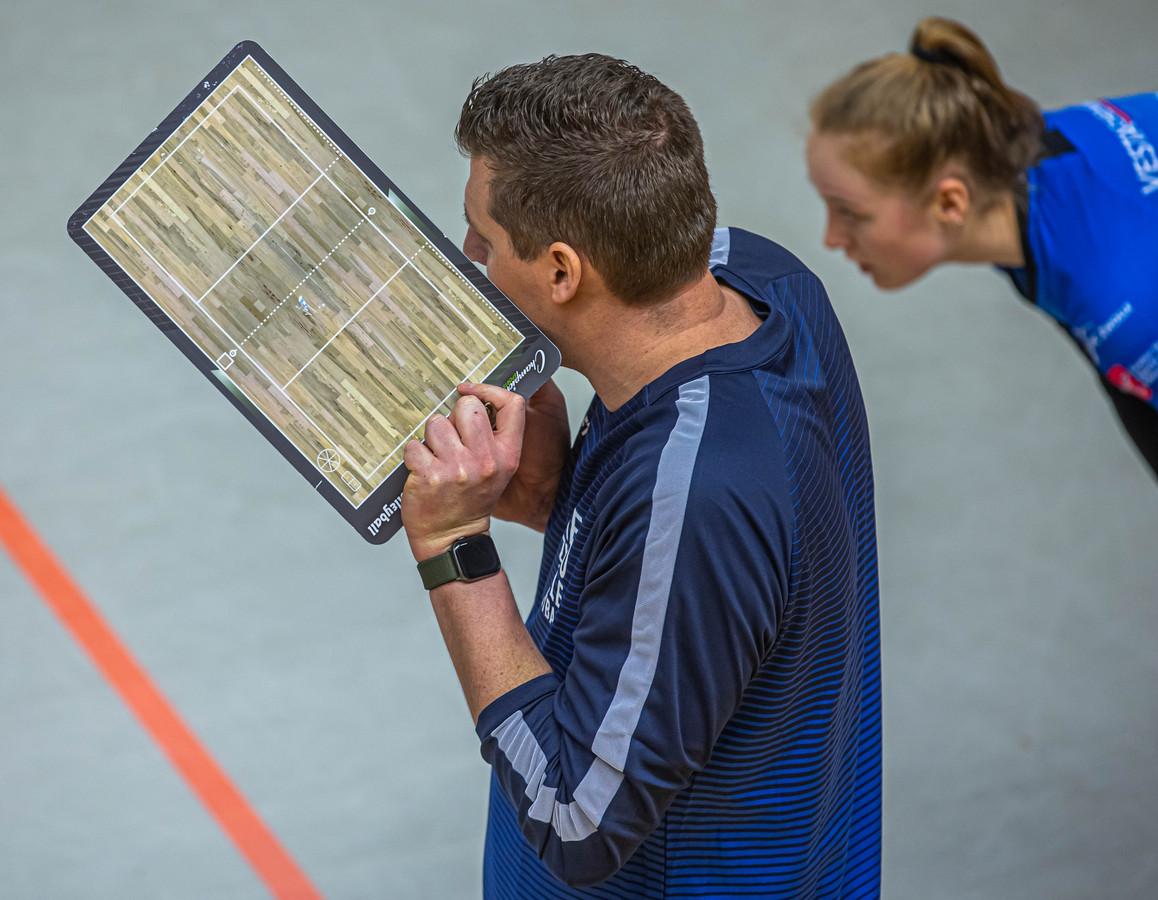Eric Meijer is met Regio Zwolle Volleybal na twee duels ongeslagen.