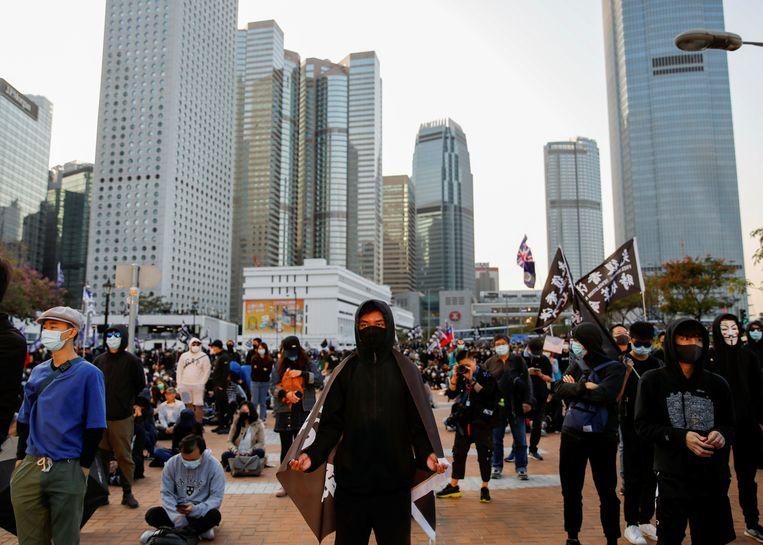 """Demonstranten op Edinburgh Place in Hongkong op 12 januari 2020. Roth: """"De Chinese leiders zijn bang dat de protesten in Hongkong zich verspreiden naar het vasteland."""" Beeld REUTERS"""