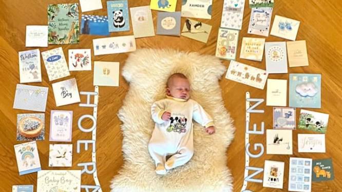 Wouter Kolff en vrouw delen zoete foto van baby Xander: 'We zijn overladen door kaarten en cadeaus'
