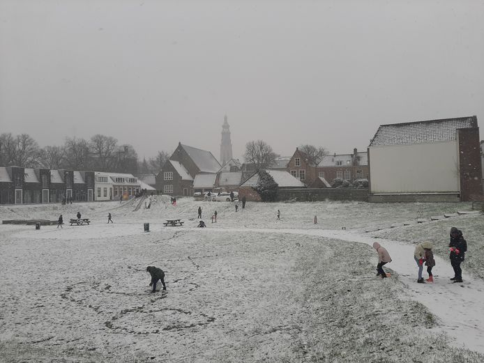 Sneeuwpret in Middelburg