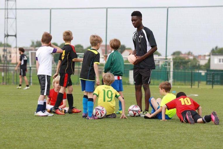 Eugène was sinds dit jaar trainer van een jeugdploeg van amateurvoetbalclub Groenenhoek.